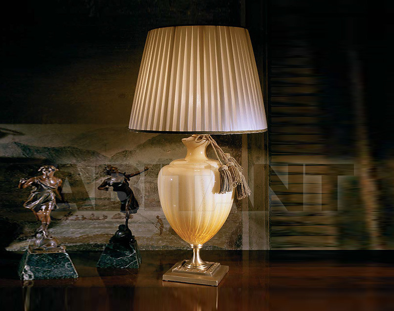 Купить Лампа настольная Ilumi di Cristina Linea Classic CR 135