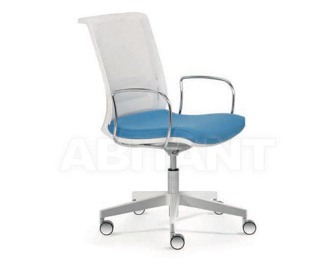 Купить Кресло Quinti Chairs 696ABB