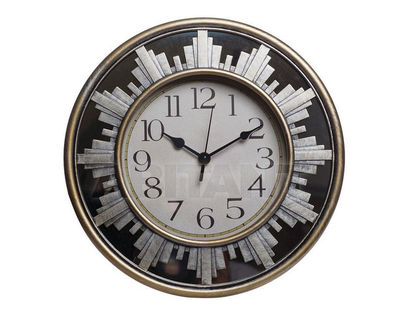 L323G Часы  30х30х4.2