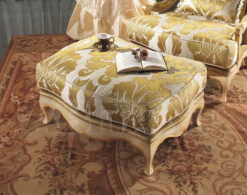 Купить Пуф Bedding 2013 Lisbeth Gold