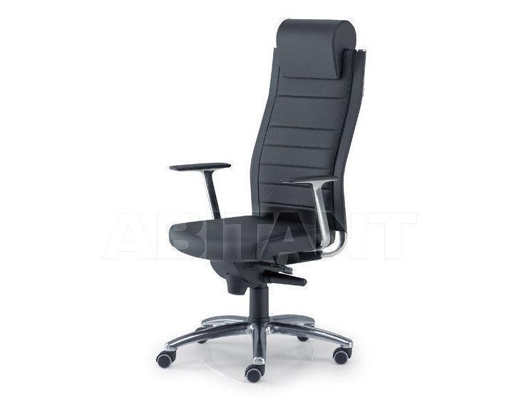Купить Кресло для руководителя Tecnoarredo srl Poltrone Direzionali TST415