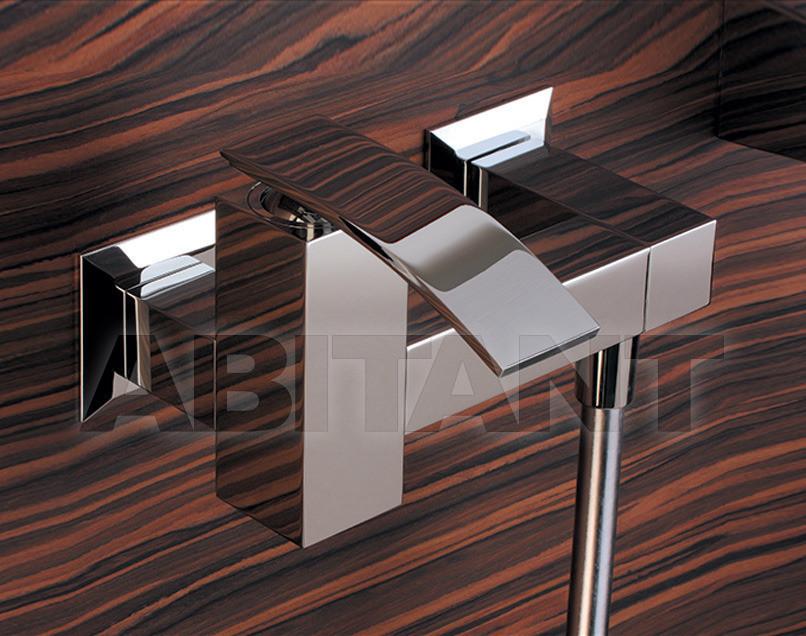 Купить Смеситель настенный Hego Waterdesign  2012 0IQ00028
