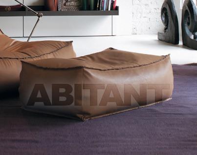 Купить Пуф Zoe Verzelloni 2011 Euro Large pouf 108x63