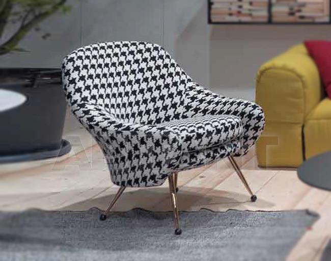 Купить Кресло Arflex Estero 2012 10645 w\b