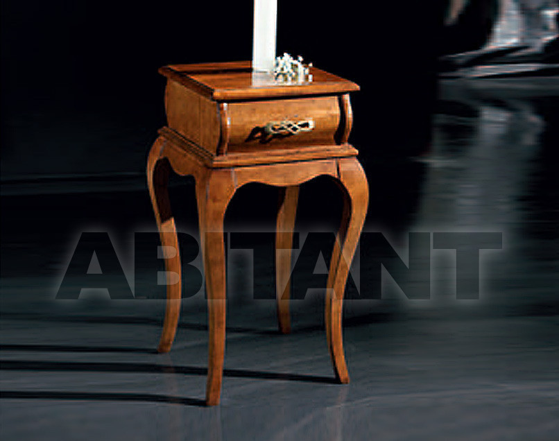 Купить Столик приставной GIULIACASA By Vaccari International Venezia 1670
