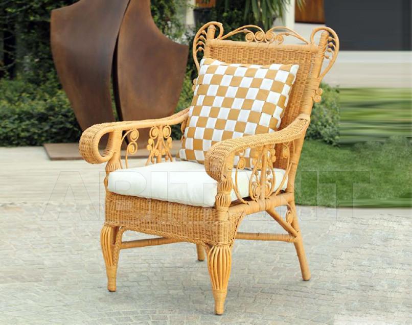 Купить Стул с подлокотниками Frigerio Carlo Rattan Living ROMANTIC armchair Nirvana