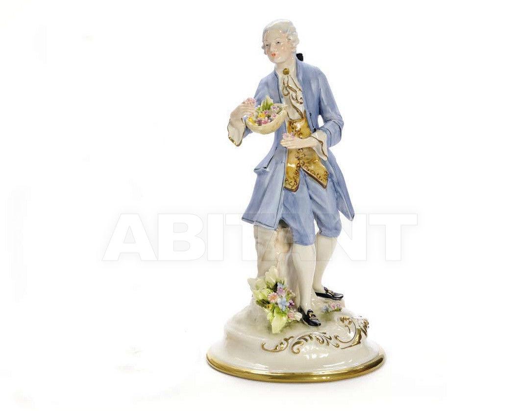 Купить Статуэтка  GIACOMO CASANOVA Villari Capodimonte T.01332-002