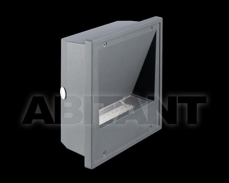 Купить Фасадный светильник Switch Made International  Outdoor EXT03045 FLORA III