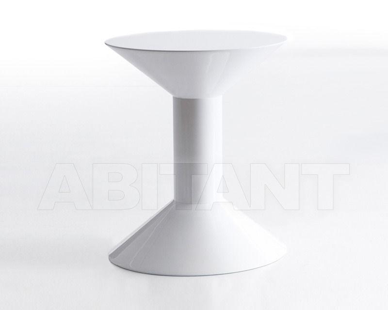 Купить Столик приставной SHAPE Viccarbe Tables SH-H 1