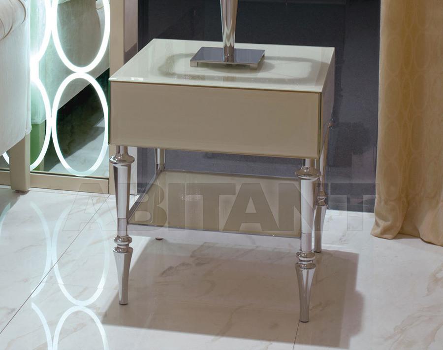 Купить Столик приставной Ipe Cavalli Visionnaire GINEVRA_BEDSIDE_TABLE