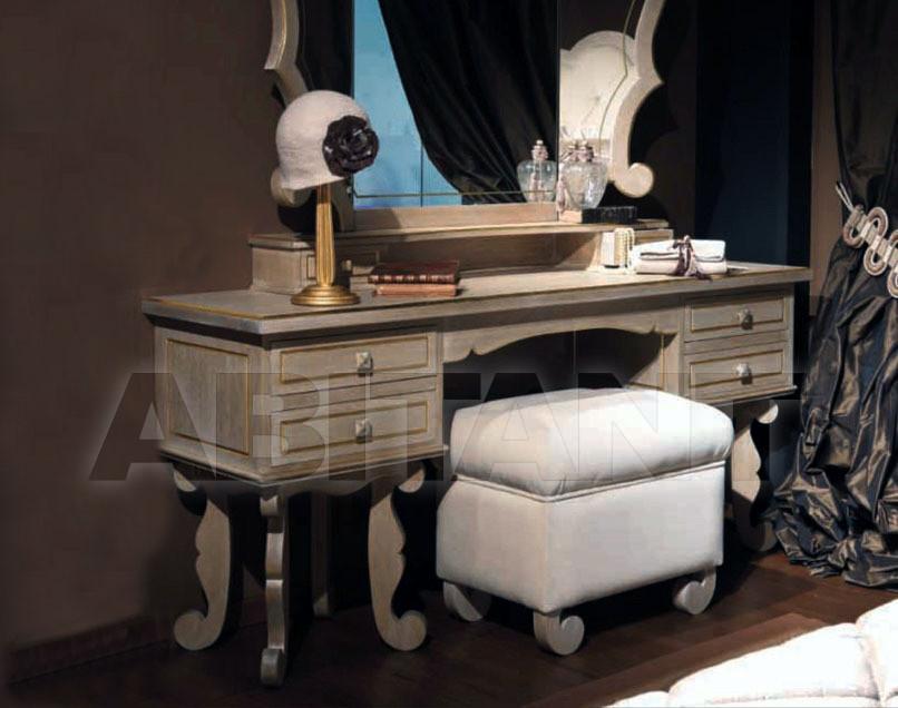 Купить Столик туалетный Croce Giovanni & Figli 2011 373