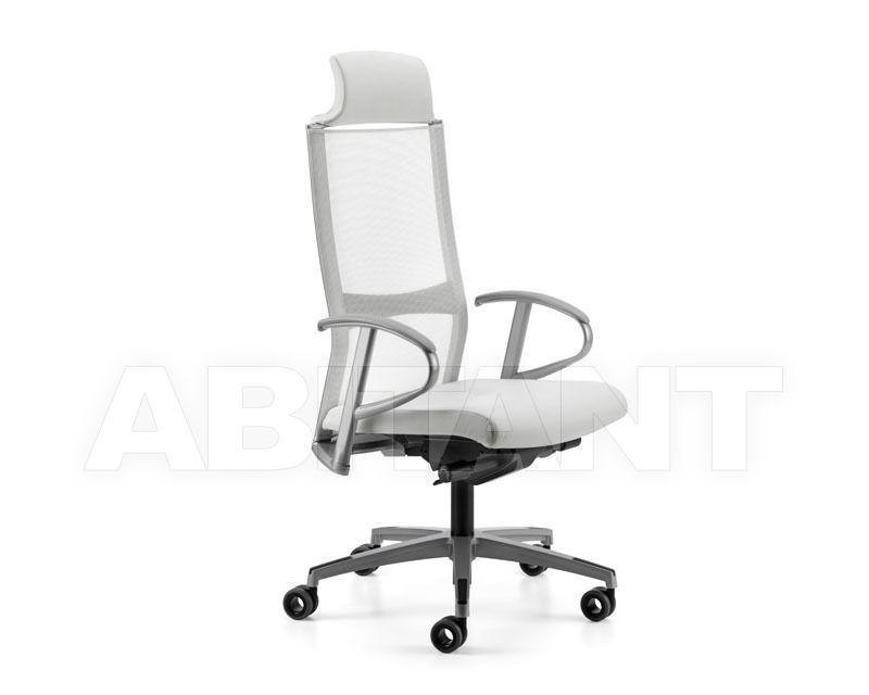 Купить Кресло для руководителя Titania Talin 2015 2862